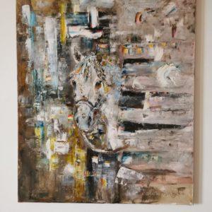 Obraz do powieszenia na ścianę, przestawia portret kona, który wygląda ze stajni. Obraz malowany ręcznie farbami olejnymi.